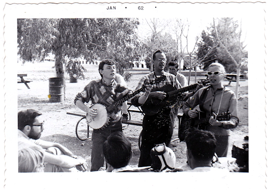 Picture of Appleton performing in 1962