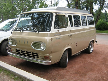 picture of Ford Econoline van
