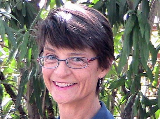 Mary De Camp