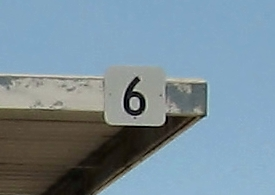 Image of the number 6 on a sign from the building site