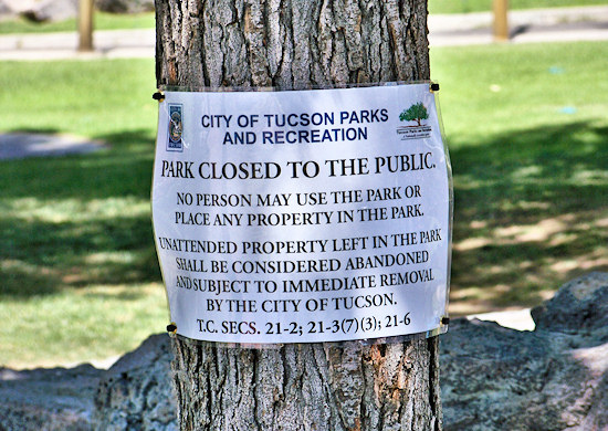 """Picture of """"Park Closed to the Public"""" sign"""